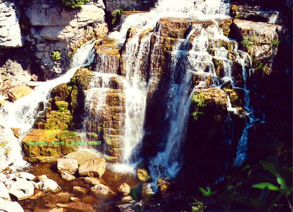 8 - The Inglis Falls - near Owen Sound - Bruce Peninsula, Ont