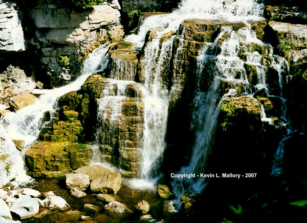 9 - The Inglis Falls - 2 - near Owen Sound - Bruce Peninsula, Ont